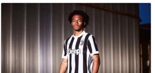 Cuadrado Juventus' new kit 2017/18