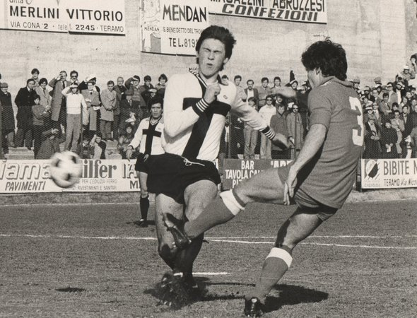 Ancelotti playing with Parma