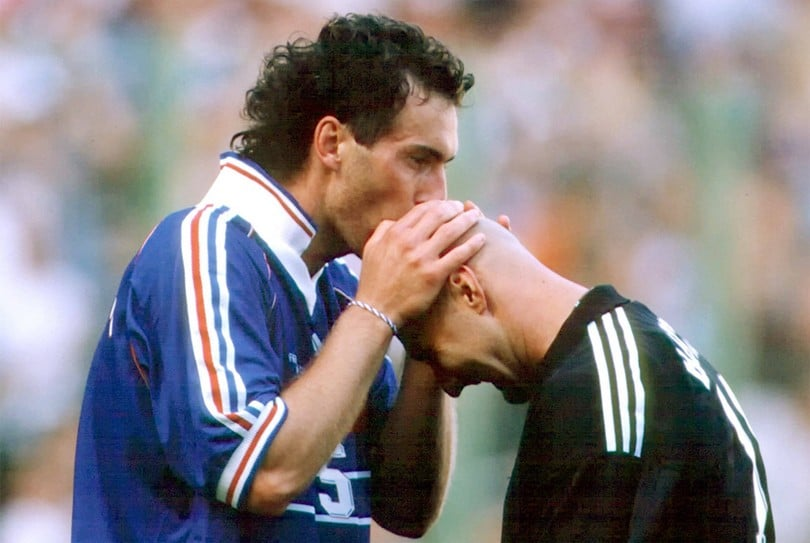 Barthez Blanc kiss