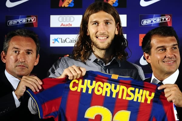 Dmytro Chygrynskiy with Barcelona
