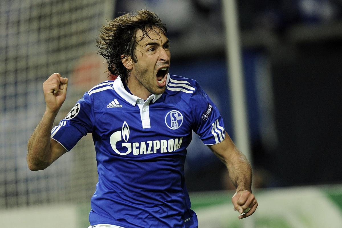 Raul Schalke vs Man United
