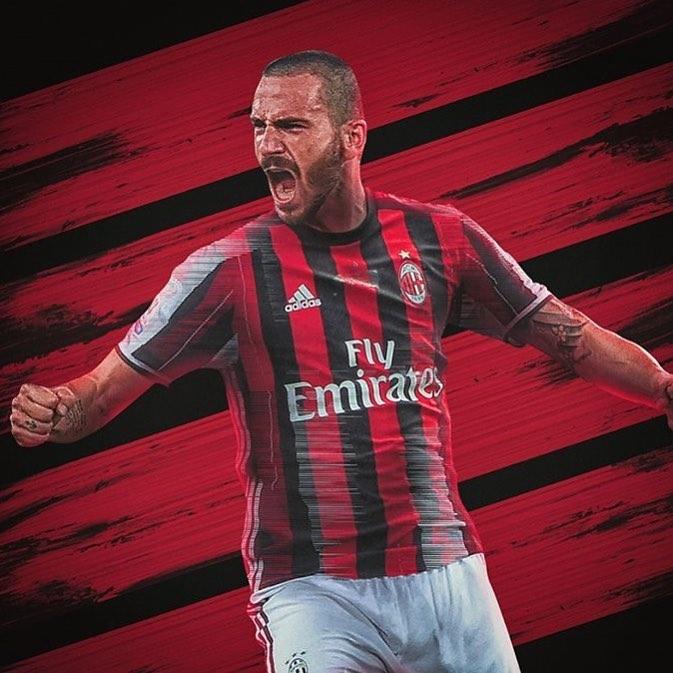Bonucci with Ac Milan jersey