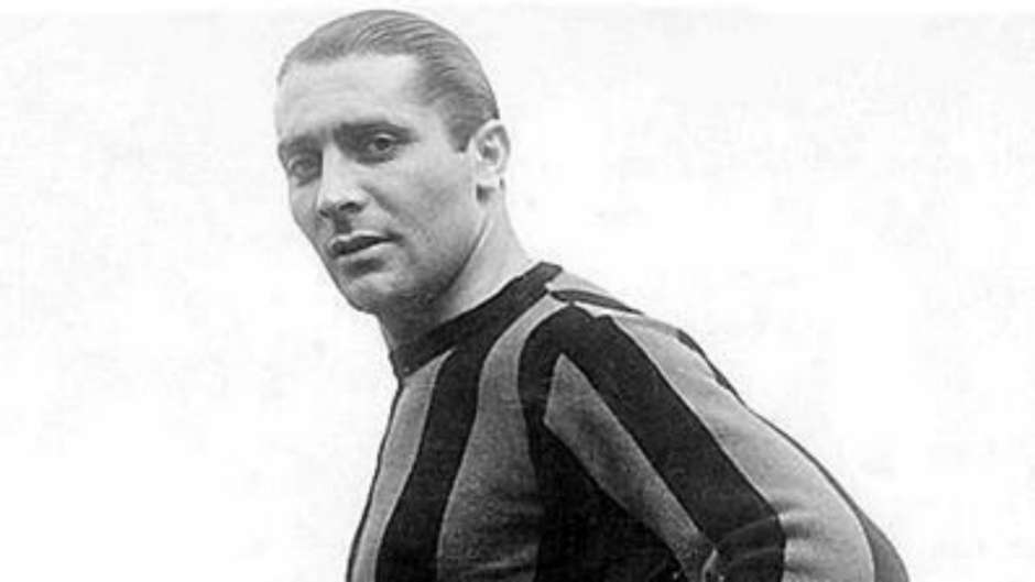 Giuseppe Meazza Playing with Inter