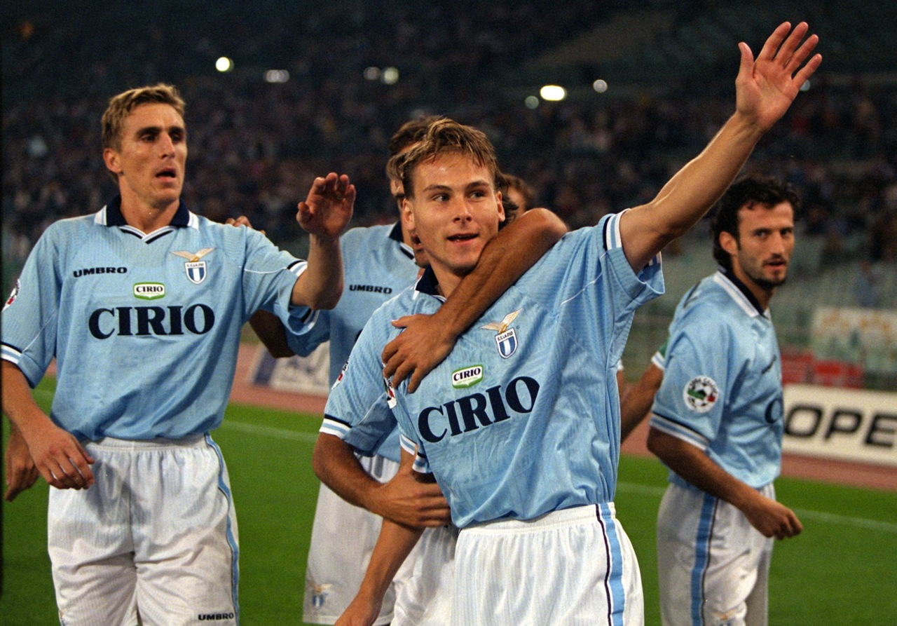 Pavel Nedved celebrating with Lazio