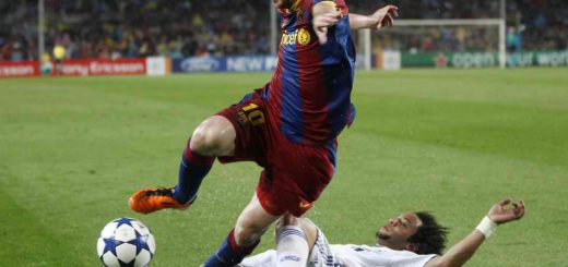 Marcelo Tackle Messi