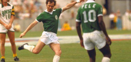 Franz Beckenbauer and Pelè playing with Cosmos