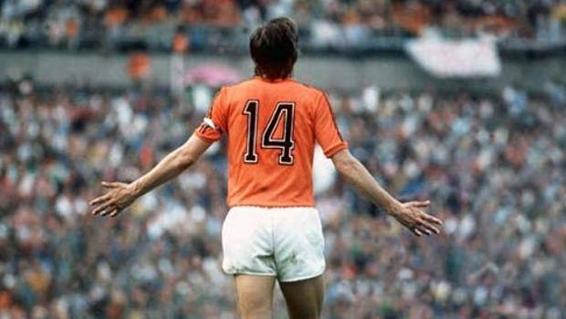 Why Cruyff wore 14?