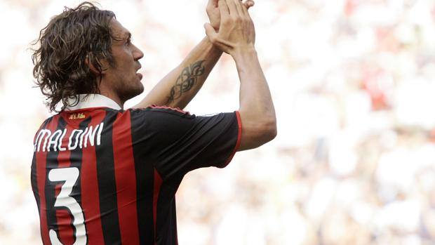 Maldini wearing the number 3 in AC Milan