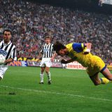 UEFA Cup History - Dino Baggio Scoring the 1-1